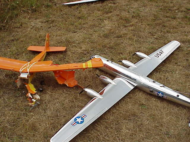 mid_air_collision_pssf_fly_in_8_10_2002